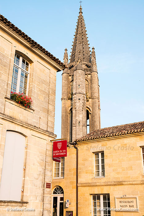 Saint Emilion: the bell tower of the Monolithic Church