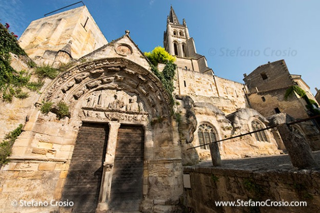 Saint Emilion: The Monolithic Church and its bell tower
