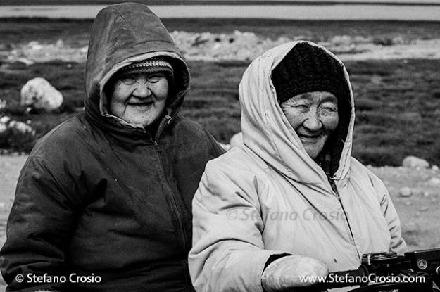 CANADA, Nunavut - Inuit women